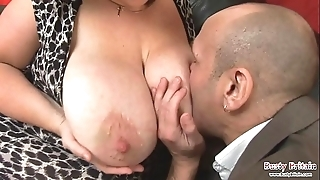 Broad in the beam gut adult roxy j receives drilled
