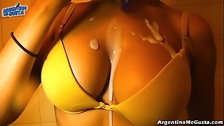 Ultra selfish leggins cameltoe, obese tits! oiling pussy! hot! & pissing