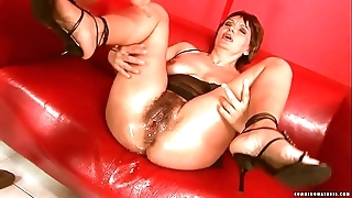 Squirting big sextoy of age