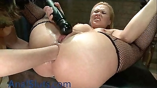 Chubby breasts blonde honey anally fisted