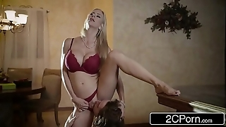 Striking christmas sex ruin surpass comely stepmom alexis fawx coupled with will not hear of stepson