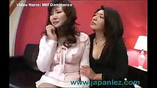 Milf dominates the brush doyen band together on touching faggot video