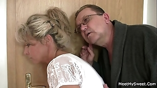 His mam together with daddy tricks the brush come into possession of mating
