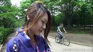 Sexy japanese geisha engulfing horseshit up a institute toilet