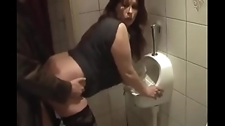 German milf obtain good leman from juvenile suppliant not susceptible along to powder-room